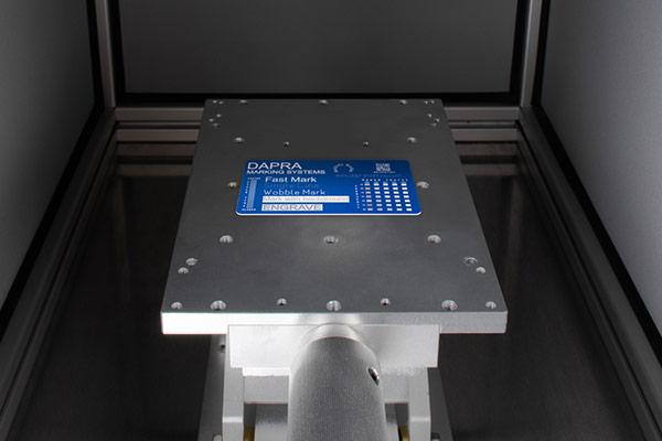 Compact laser marker for marking nameplates, metal tags and data plates
